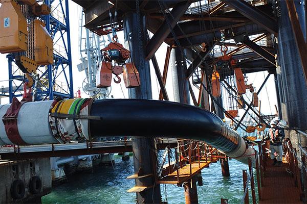 小名浜石油(株) 海底配管増設工事
